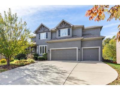 Olathe Single Family Home For Sale: 16508 S Marais Drive