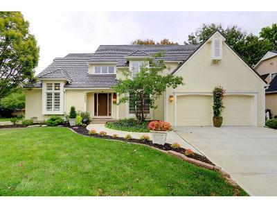 Overland Park KS Single Family Home For Sale: $465,000