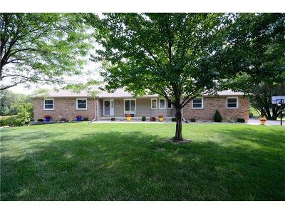 Olathe Single Family Home For Sale: 11875 Cherry Lane