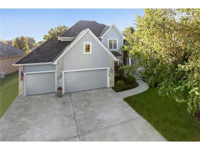 Leawood Single Family Home For Sale: 2705 W 137th Place