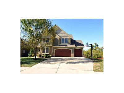 Louisburg Single Family Home For Sale: 718 Danford Drive