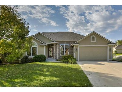Basehor Single Family Home For Sale: 15109 Lake Side Drive