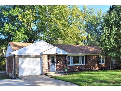 Knob Noster Single Family Home For Sale: 604 Westside Drive