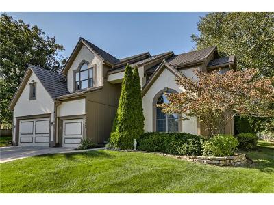 Overland Park Single Family Home For Sale: 11906 Bradshaw Street