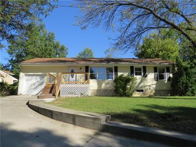 Livingston County Single Family Home For Sale: 1209 Northwood Terrace