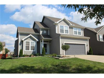 Olathe Single Family Home For Sale: 12409 S Quail Ridge Drive