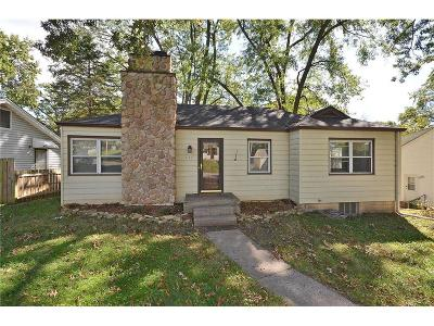 Kansas City Single Family Home For Sale: 417 NE 45th Street