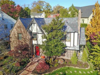 Kansas City Single Family Home For Sale: 406 W 50th Street