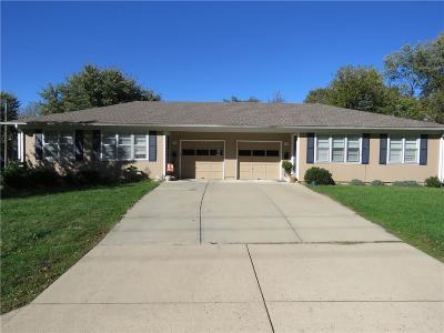 Olathe Multi Family Home For Sale: 1900 E Cedar Street