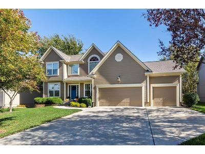Shawnee Single Family Home For Sale: 7331 Meadowsweet Lane
