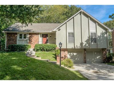 Overland Park Single Family Home For Sale: 11222 W 99th Place