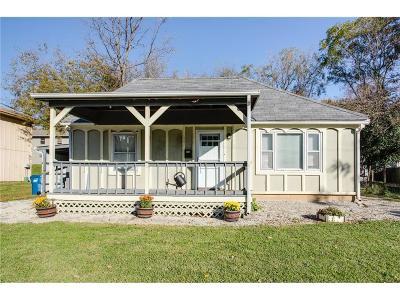 Liberty Single Family Home For Sale: 423 N Prairie Street