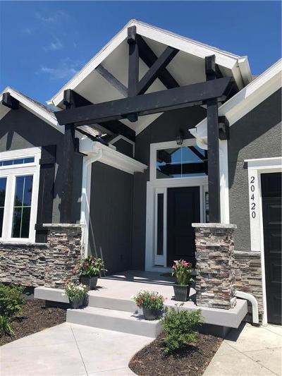 Olathe Single Family Home For Sale: 20420 W 108th Street