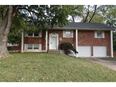 Kansas City Single Family Home For Sale: 11009 Cypress Avenue