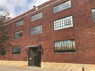 Kansas City Condo/Townhouse For Sale: 2120 Wyandotte Street #9