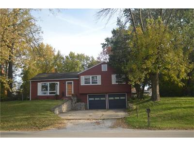 Parkville Single Family Home For Sale: 7707 N State Route 9 Highway