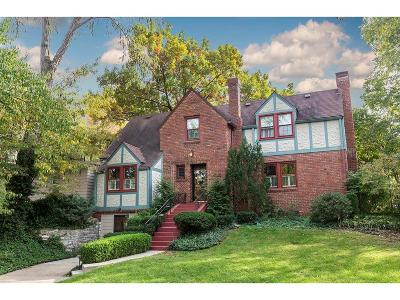 Kansas City Single Family Home For Sale: 5433 Locust Street
