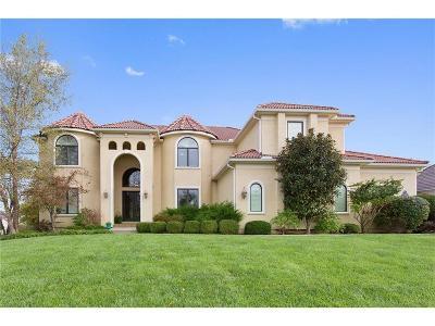 Lenexa Single Family Home For Sale: 9746 Sunset Circle