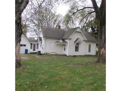 Kearney Single Family Home For Sale: 709 S Grove Street