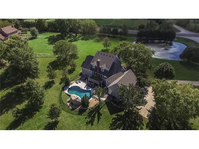Overland Park Single Family Home For Sale: 17851 Quivira Road