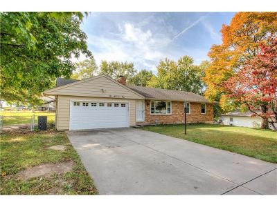 Gladstone MO Single Family Home Show For Backups: $145,000