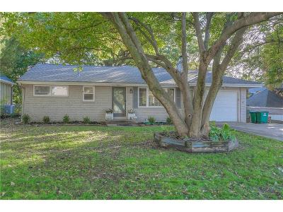 Westwood Single Family Home For Sale: 3015 W 50th Street