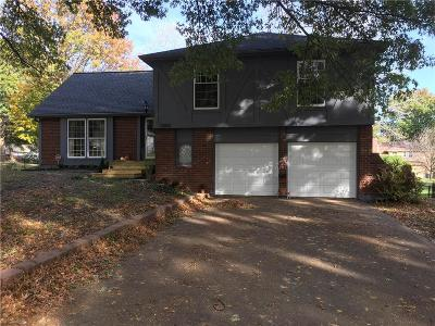 Grandview Single Family Home For Sale: 12805 Manchester Avenue