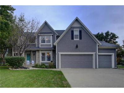 Overland Park Single Family Home For Sale: 10700 W 129th Street