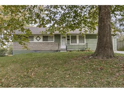 Raytown Single Family Home For Sale: 11000 E 53rd Terrace