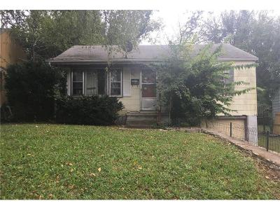 Kansas City KS Single Family Home For Sale: $23,400