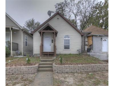 Kansas City KS Single Family Home For Sale: $69,900