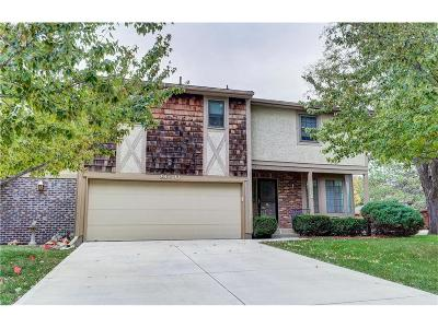 Overland Park Condo/Townhouse Contingent: 9640 Reeder Place