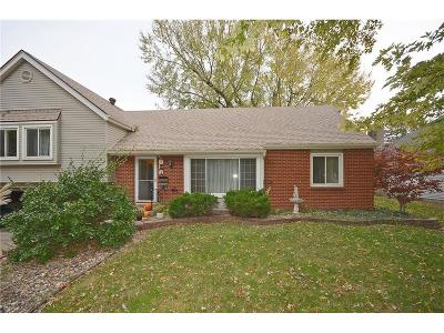 Gladstone MO Single Family Home For Sale: $189,900