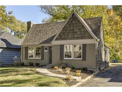 Prairie Village Single Family Home For Sale: 7431 Belinder Avenue