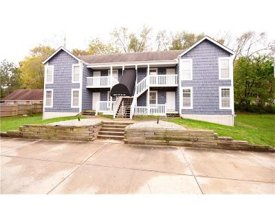 Raytown Multi Family Home For Sale: 10117 E 67th Street