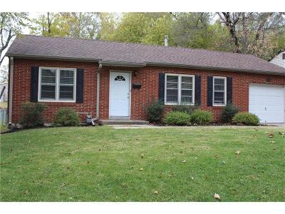 Overland Park Single Family Home For Sale: 8026 Barkley Street