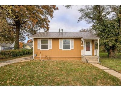 Olathe Single Family Home For Sale: 310 W Cedar Street