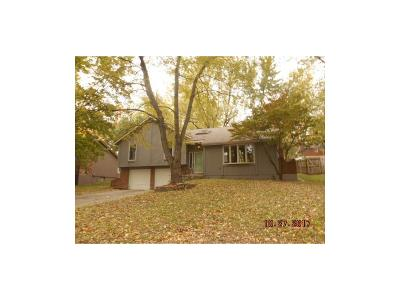 Blue Springs MO Single Family Home For Sale: $139,900