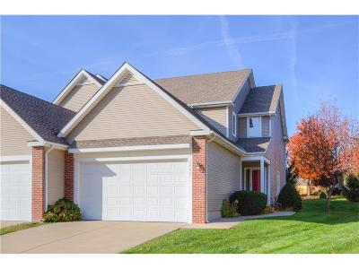 Leawood KS Condo/Townhouse Sold: $298,000