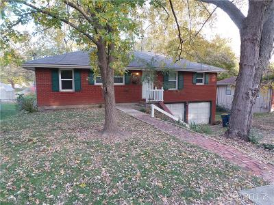 Liberty Single Family Home For Sale: 617 N Grover Street
