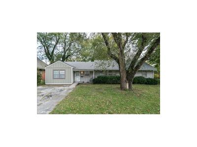 Grandview Single Family Home For Sale: 12803 8th Street