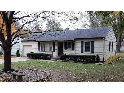 Raytown Single Family Home For Sale: 9025 E 74th Terrace