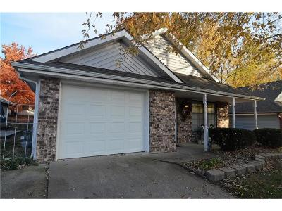 Blue Springs MO Single Family Home For Sale: $125,000