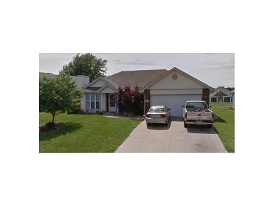 Warrensburg Single Family Home For Sale: 1103 Fox Ridge Drive