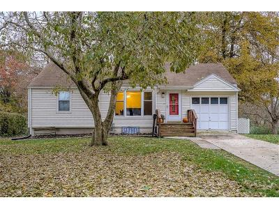 Raytown Single Family Home For Sale: 9509 E 68th Street