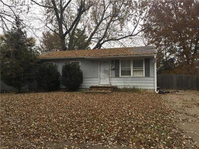 Grandview Single Family Home For Sale: 13715 11th Street