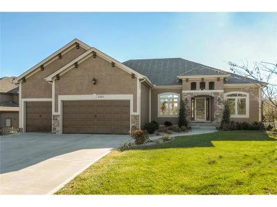 Single Family Home For Sale: 2903 NE Viewpark Place