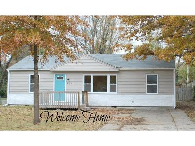Warrensburg Single Family Home For Sale: 406 9th Street Terrace