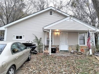 Kansas City Single Family Home For Sale: 6111 N Topping Avenue