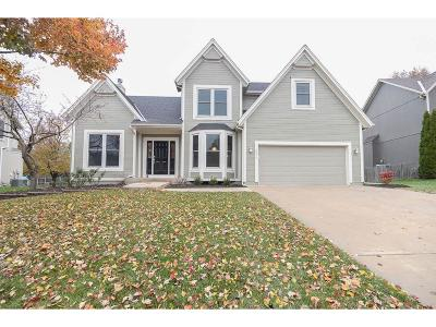 Overland Park Single Family Home Show For Backups: 5922 W 152nd Terrace